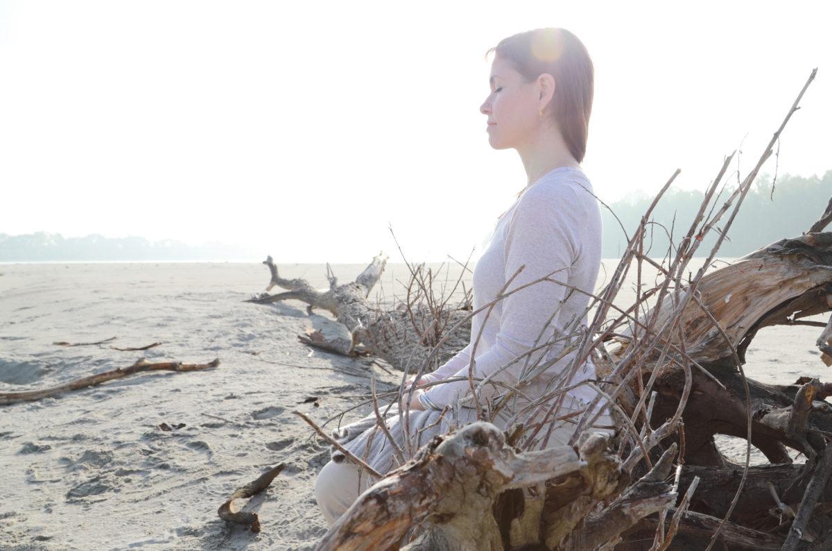 """I particolari fanno la differenza: sulla postura e sui """"rituali"""" della meditazione"""